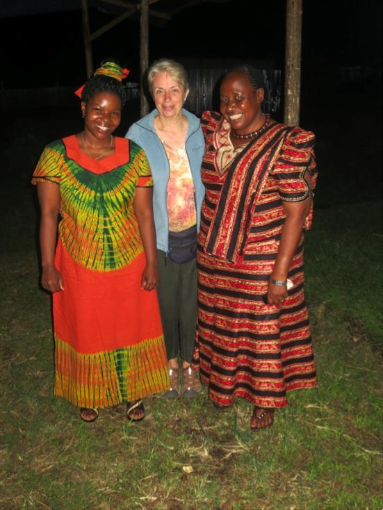 Photo: Nolasca (left), Linda and Ellen